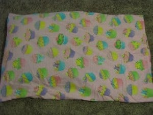 Homemade for the Holidays #9: Pillow Cases {sewing project}